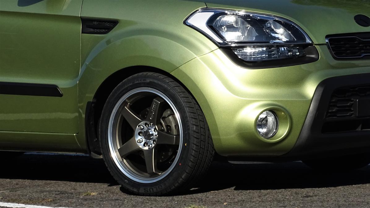 Kia Soul: Tire sidewall labeling