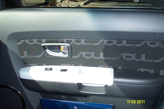 2012 Kia Soul (Color) Alien Green / Black Interior-picture-09.jpg