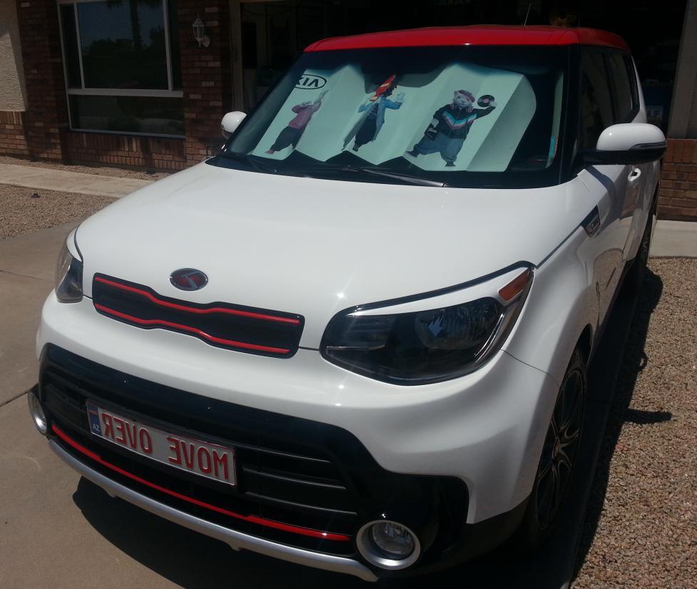 AutoTech Zone Sun Shade for 2014-2018 Kia Soul Wagon Custom-fit Windshield Sun Shade